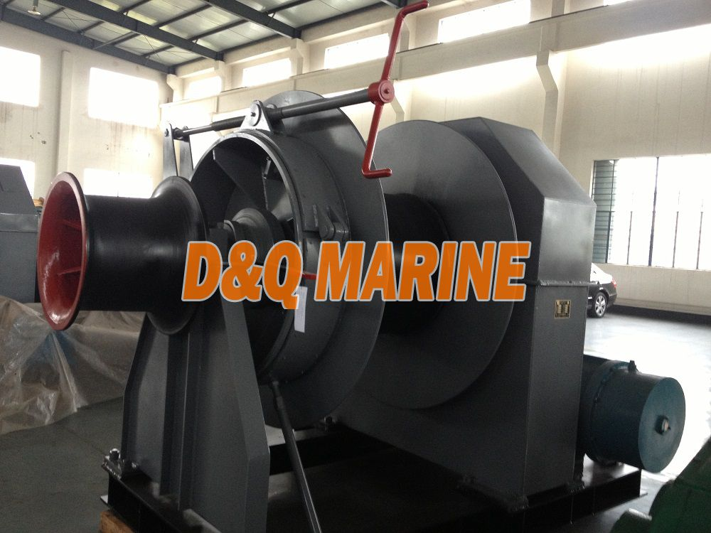 Electric mooring winch with 60kn pull