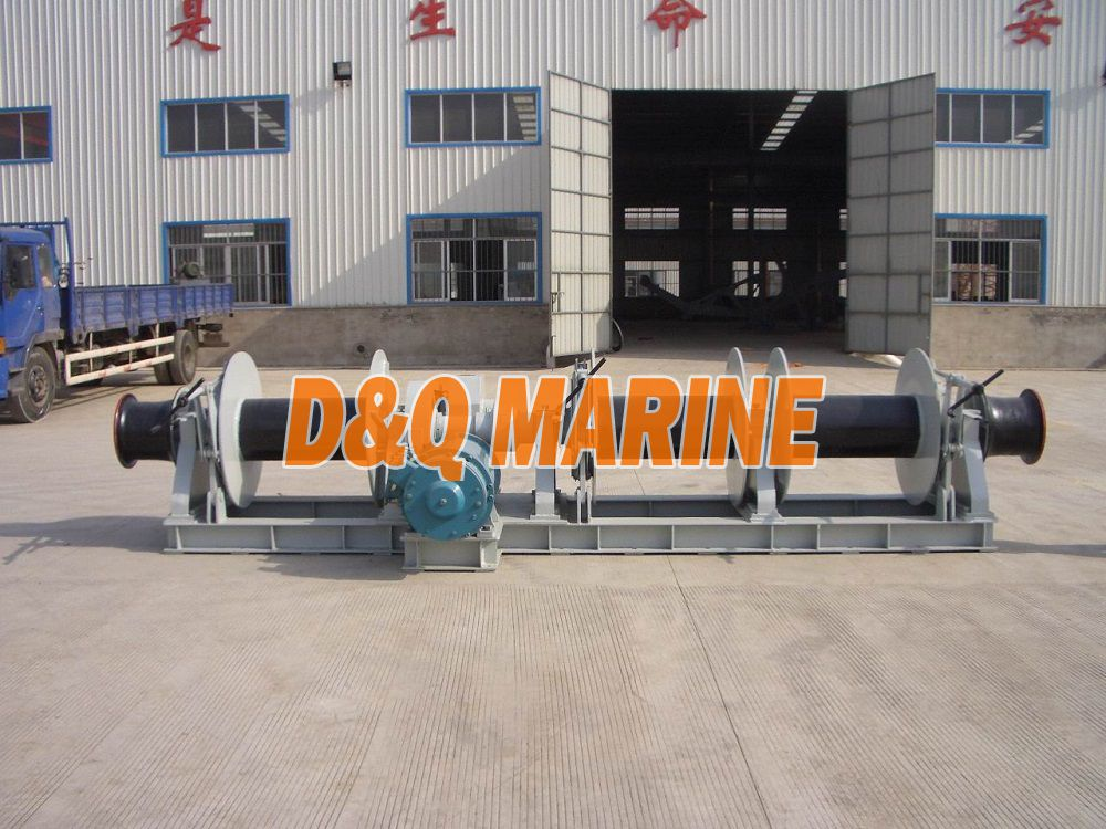 Electric mooring winch with 250kn pull and three drums