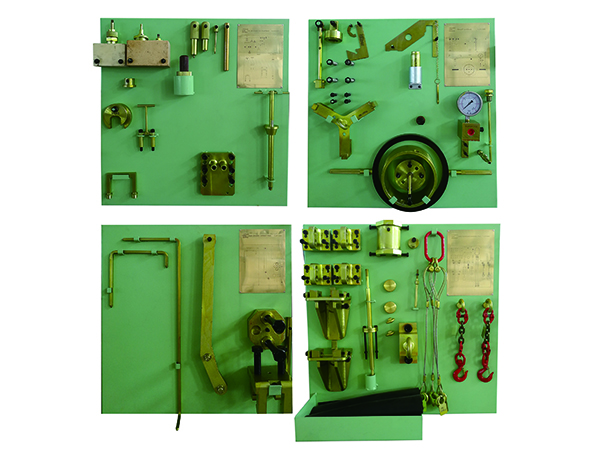 Disassembly and disassembly of marine diesel engine by random tools
