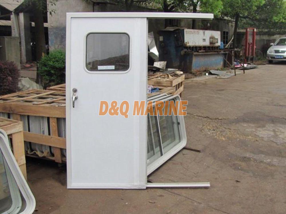 Integral Sliding Door For Wheelhouse