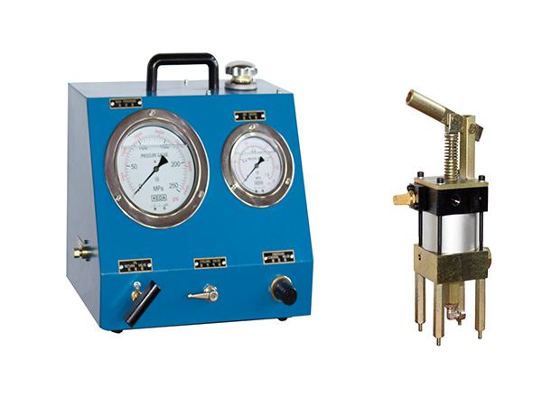 Ultra-high pressure hydraulic pump